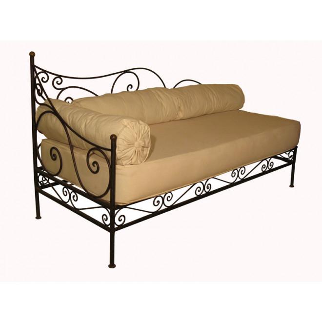 orientalische sofa aus eisen essaouira. Black Bedroom Furniture Sets. Home Design Ideas