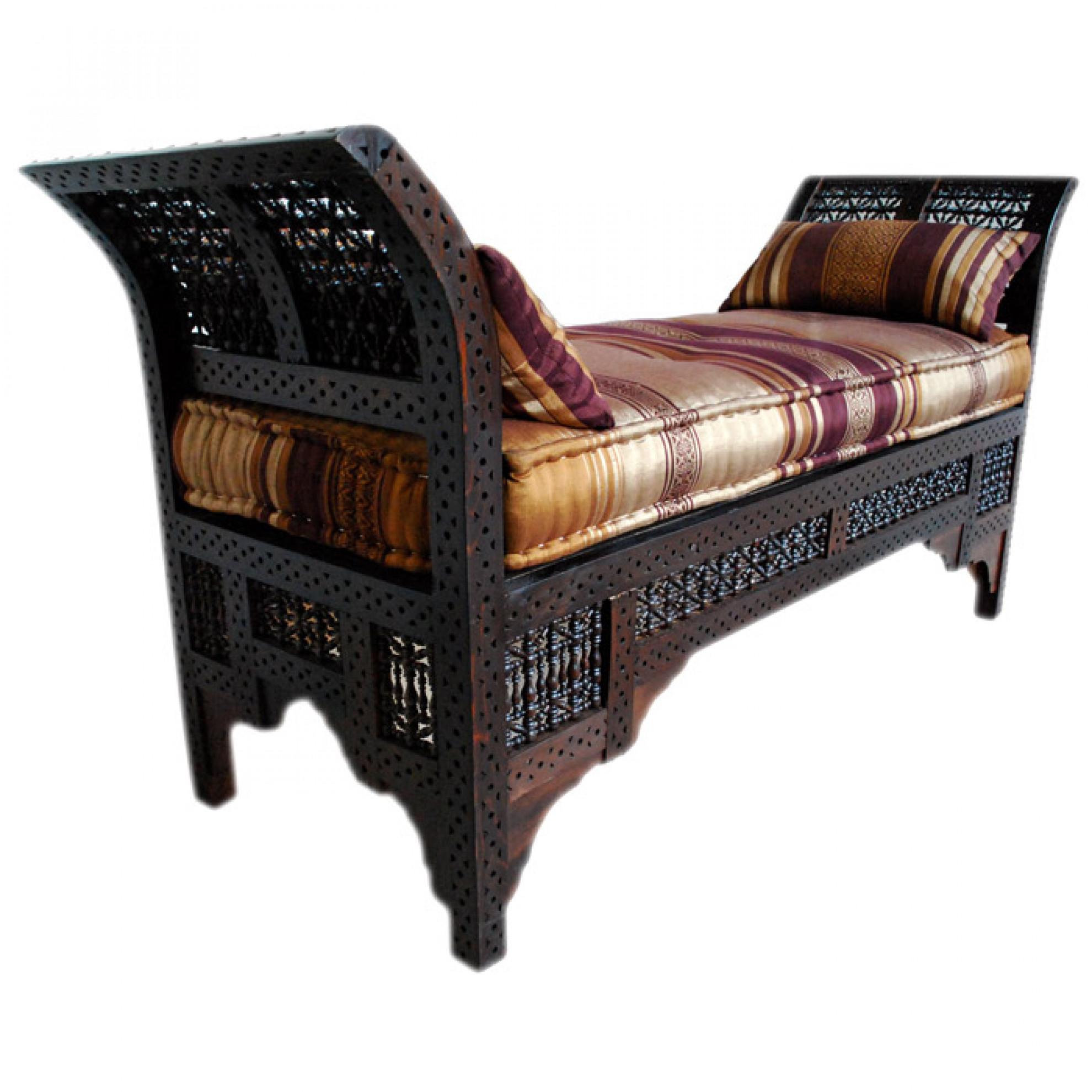 orientalische couch fantasia. Black Bedroom Furniture Sets. Home Design Ideas