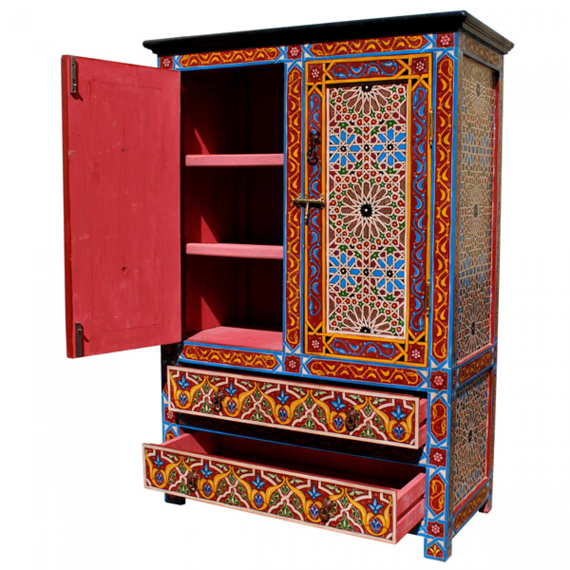 Abgesenkte Zimmerdecke Mit Robustem Sitzbank Orientalischer Art