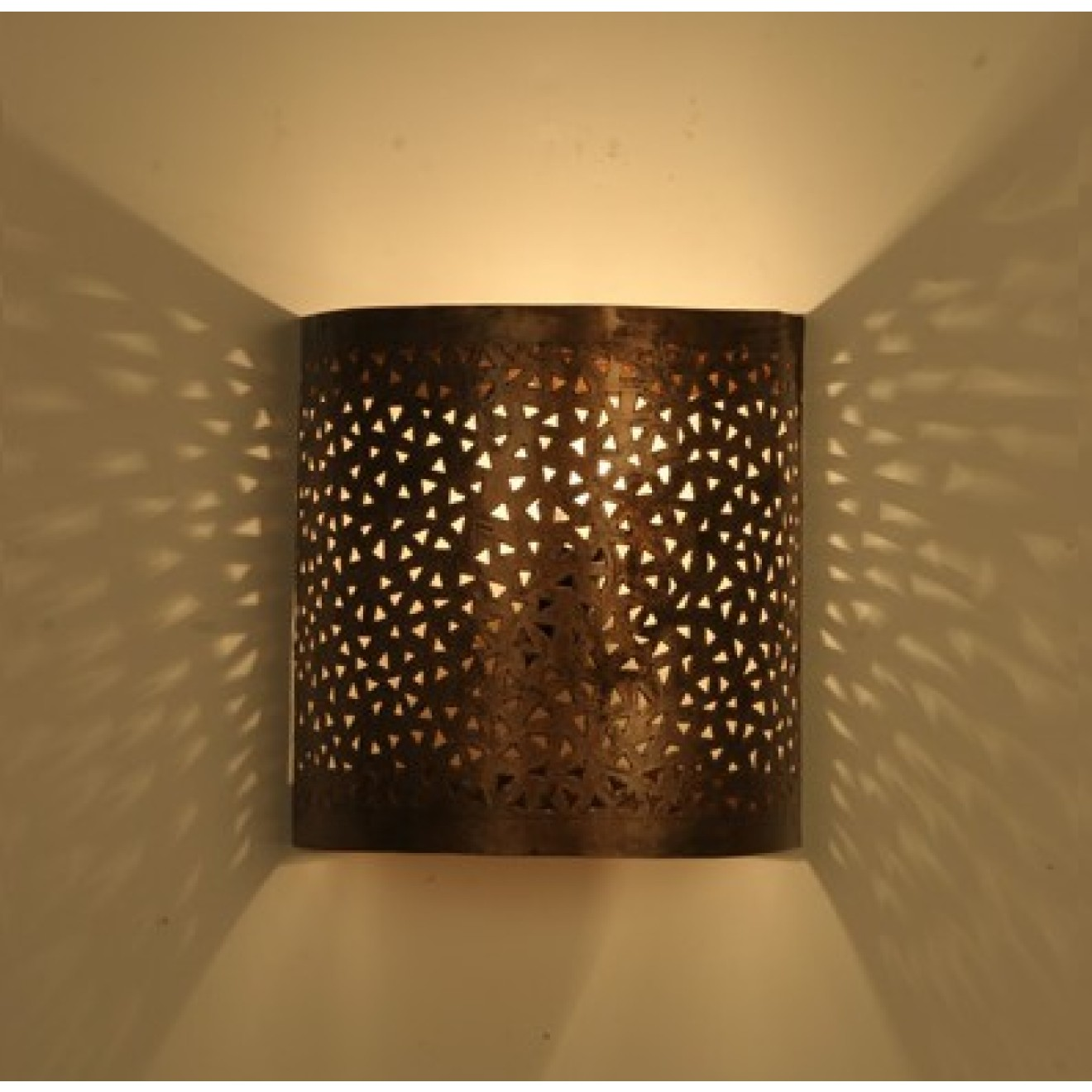 wandlampe eisen glas pendelleuchte modern. Black Bedroom Furniture Sets. Home Design Ideas